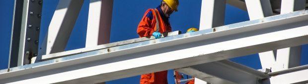Poszukujesz informacji, jak założyć firmę budowlaną?